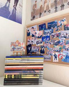 Army Room Decor, Study Room Decor, Room Ideas Bedroom, Teen Bedroom Organization, Kpop Diy, Kpop Merch, Aesthetic Room Decor, My New Room, Kids Decor