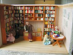 Miniature bookstore by Etsy shop JanasMinibooks.