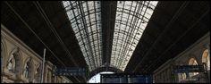 Keleti Palyaudvar - gare de #Budapest #Hongrie http://quevoirabudapest.blogspot.com/2017/02/de-budapest-a-bratislava.html