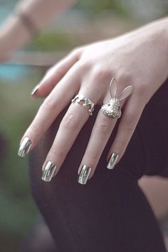 2 Full Set Silver Chrome Nails pieces) Artificial Press On Metallic Art - 2 Full Set Silver Chrome Nails 24 pieces Artificial Press On Cute Summer Nails, Fun Nails, Pretty Nails, Metallic Nail Polish, Nail Polish Colors, Matte Nails, Acrylic Nails, Silver Nails, Gradient Nails