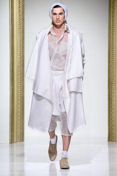 Gala UAD 2013, Designer: Catalin Valean, Collection: Ecce Homo Catwalk, Kimono Top, Ruffle Blouse, Fashion Design, Collection, Tops, Women, Women's, Shell Tops