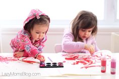 Valentine's day card, that your child can make on its own! Early Learning Activities, Winter Activities For Kids, Baby Learning, Crafts For Kids, Parenting Articles, Parenting Hacks, Raising Girls, Kids Board, Winter Kids