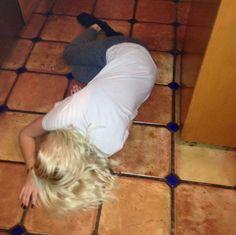 Bea on the floor <3