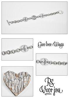 Give love Wings <3    Omdat iedereen een beetje extra liefde kan gebruiken <3   Weer eens heerlijk een Sieraad voor mijzelf mogen maken!   Tevens als voorbeeld voor jullie om te laten zien wat er allemaal mogelijk is <