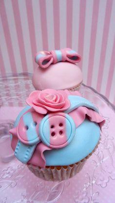 cute romantic cakes - Google Search