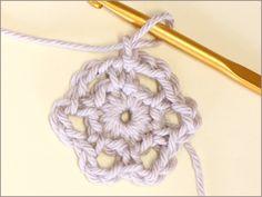 フラワーモチーフの編み方|かぎ針編み立体モチーフ 写真解説付き 【初級編】 | クロッシェアクセサリー La Seule Crochet Necklace, Bohemian, Knitting, Accessories, Tricot, Breien, Stricken, Weaving, Knits