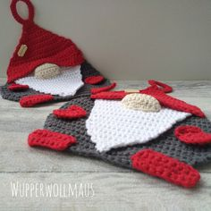Wichtel - Topflappen The Effective Pictures We Offer You About topflappen stricken perlmuster A qual Crochet Potholders, Bakers Twine, Popular Pins, Christmas Time, Christmas Parties, Pot Holders, Crochet Bikini, Diy And Crafts, Crochet Necklace