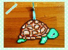 Tartaruga PYSSLA schema, PERLER BEADS turtle pattern *** https://www.youtube.com/watch?v=Yhrc_rDtXY8