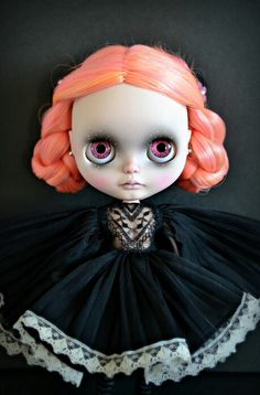 Blythe - black with a touch