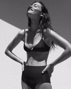 Phoebe Tonkin bikini, matte swim, black and white, fitspo Garance, Look Boho, Bikinis, Swimsuits, Swimwear Brands, Lingerie, Black N White, Bikini Bodies, Look Fashion