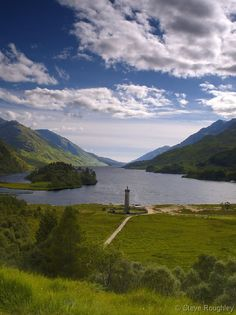 Loch Shiel, Lochaber, Highlands, Scotland.  Loch Shiel is the location of the fictional Hogwarts Lake in the film versions of the Harry Potter series. Photographer: Steve Roughley