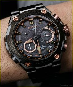 Awesome The Luxury Watches for Men Cover Up