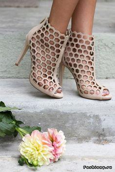 Details: летняя обувь ч.3