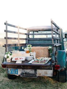 Wedding Food refreshment bar on the back of a vintage truck Wedding Vows, Farm Wedding, Dream Wedding, Wedding Day, Wedding Reception, Reception Food, Reception Ideas, Wedding Things, Wedding Decor