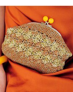 オレンジゴールド系バッグ