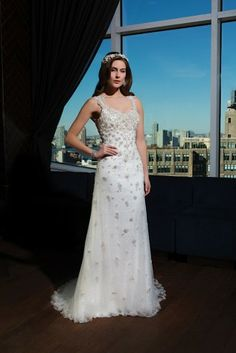 #weddingdress #wedding #dress #bride #glamorous #lace #fishtail Justin Alexander Signature