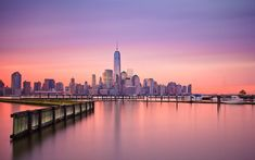 Incredible-Photo-of-Sunrise-over-Manhattan-New-York
