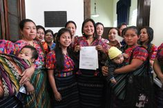 Maya Weavers propose a collective intellectual property law - Intercontinental Cry