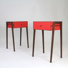 FLODEAU.COM : Animate Bedside Table by Young and Norgate 03