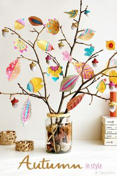 Inspiration - Bunte Herbstdeko selber machen *** Autumn Inspiration DIY with pai. Inspiration - Bunte Herbstdeko selber machen *** Autumn Inspiration DIY with Autumn Leaves Craft, Autumn Crafts, Autumn Art, Nature Crafts, Thanksgiving Crafts, Diy Autumn, Autumn Diy Room Decor, Winter Art, Leaf Crafts