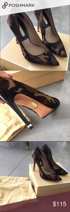 """Michael Kors pumps - olive camo hair calf This pair is crafted in a olive camouflage patterned hair calf, with shine gold hardware accent. Rubber sole lined for protection. 4"""" heel, Brand new condition 😘 ------     ❗️❗️price reduced Michael Kors Shoes Heels"""