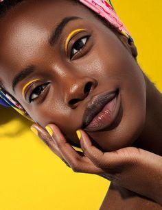 LUCY'S Magazine Vol. 35 - make up room studio Dark Skin Makeup, Dark Skin Beauty, Black Girl Makeup, Girls Makeup, Dark Skin Models, Photographie Portrait Inspiration, Photo Portrait, Beautiful Black Girl, Black Girl Aesthetic