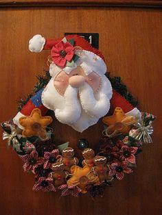 Amor no Ponto: Guirlanda de Feltro! É Natal e ponto!!!