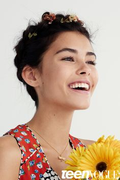 Madison Beer Models Easy Hairstyles for Every Occasion – Hairstyles for Medium Length Hair | Teen Vogue