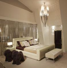 habitación de color beige con brillos