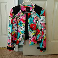 Juicy Couture Black Label Floral Jacket Only wore 1x, Mint condition, Gold accent details Juicy Couture Jackets & Coats
