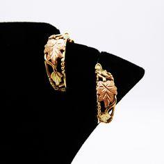 Gold Hoop Earrings, Gold Hoops, Vintage Earrings, Clip On Earrings, Vintage Jewelry, Black Hills Gold Jewelry, Real Gold Jewelry, Black Gold, Jewelry Supplies