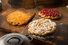 Funnel Cakes from Flossie's Fried Fancies at Silver Dollar City #funnelcake #food #silverdollarcity