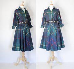 Vintage 70s Dress / Tartan Plaid Shirtwaist by DuncanLovesTess, $78.00