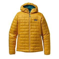 Patagonia Women's Nano Puff Hoody - Windproof and water-resistant, the full-zip Nano Puff® Hoody is made with warm, incredibly lightweight, highly compressible PrimaLoft® ONE insulation, and is ideal as an insulating layer or outerwear in cold climates. Patagonia Nano Puff, Patagonia Jacket, Outdoor Outfit, Outdoor Wear, Hoodie Jacket, Vest, Autumn Winter Fashion, Winter Style, Safari