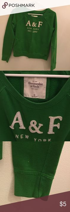 Abercrombie & Fitch Sweatshirt - XS Abercrombie & Fitch Sweatshirt - XS There is a white spec on the lower part of the left sleeve. (See 3rd pic) Abercrombie & Fitch Tops Sweatshirts & Hoodies