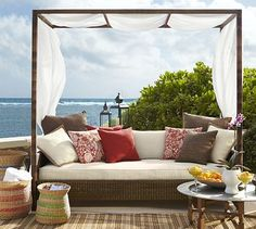 Palmetto All-Weather Wicker Daybed - Honey #potterybarn