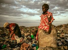 2012 A picture of women scavenging refuse from a landfill in Dandora, Kenya, is the winning image in the People category of the National Geographic Photo Contest.
