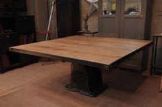 Table industrielle carrée fonte et chêne - Le Grenier