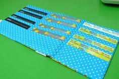 http://www.hildeathome.blogspot.be/2012/08/het-kaartenmapje-een-handleiding.html