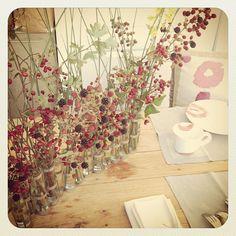 Flower Arrangements, Glass Vase, Table Decorations, Bouquets, Plants, Red, Home Decor, Bears, Flowers
