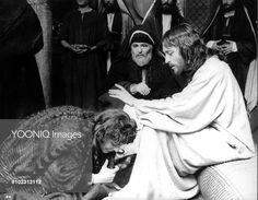 JESUS OF NAZARETH ANNE BANCROFT as Mary Magdalene, JAMES MASON as Joseph of Aramathea, ROBERT POWELL as Jesus,