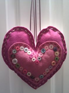 DIY stuffed felt heart