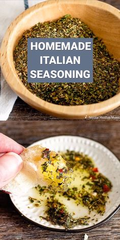 This Italian Seasoning Mix is a perfect combination of spices and herbs that wil Homemade Italian Seasoning, Homemade Dry Mixes, Italian Seasoning Mixes, Homemade Spice Blends, Homemade Spices, Homemade Seasonings, Homemade Recipe, Spice Mixes, Greek Seasoning