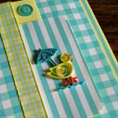Make a quilled duckling baby card.