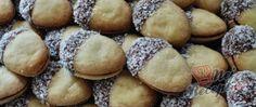 Pamlsek veverky obalený v čokoládě a kokosu Tiramisu, Muffin, Cookies, Breakfast, Desserts, Food, Breakfast Cafe, Tailgate Desserts, Muffins