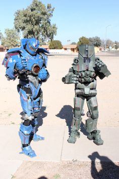 Gipsy Danger and Cherno Alpha, Pacific Rim, photo by Blaghart.