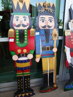 1000 Images About Painted Nutcracker Soldier On Pinterest