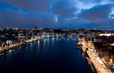 In pictures: Porto at night