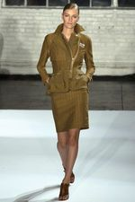 Modern fashion inspired by WWII