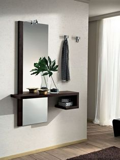 Awesome ideas for decorating the hallway with modern wall mirror designs, home interior wall mirror decor ideas for modern style apartments 2019 Hall Furniture, Home Decor Furniture, Furniture Design, Furniture Online, Room Interior, Interior Design Living Room, Living Room Decor, Hallway Decorating, Entryway Decor